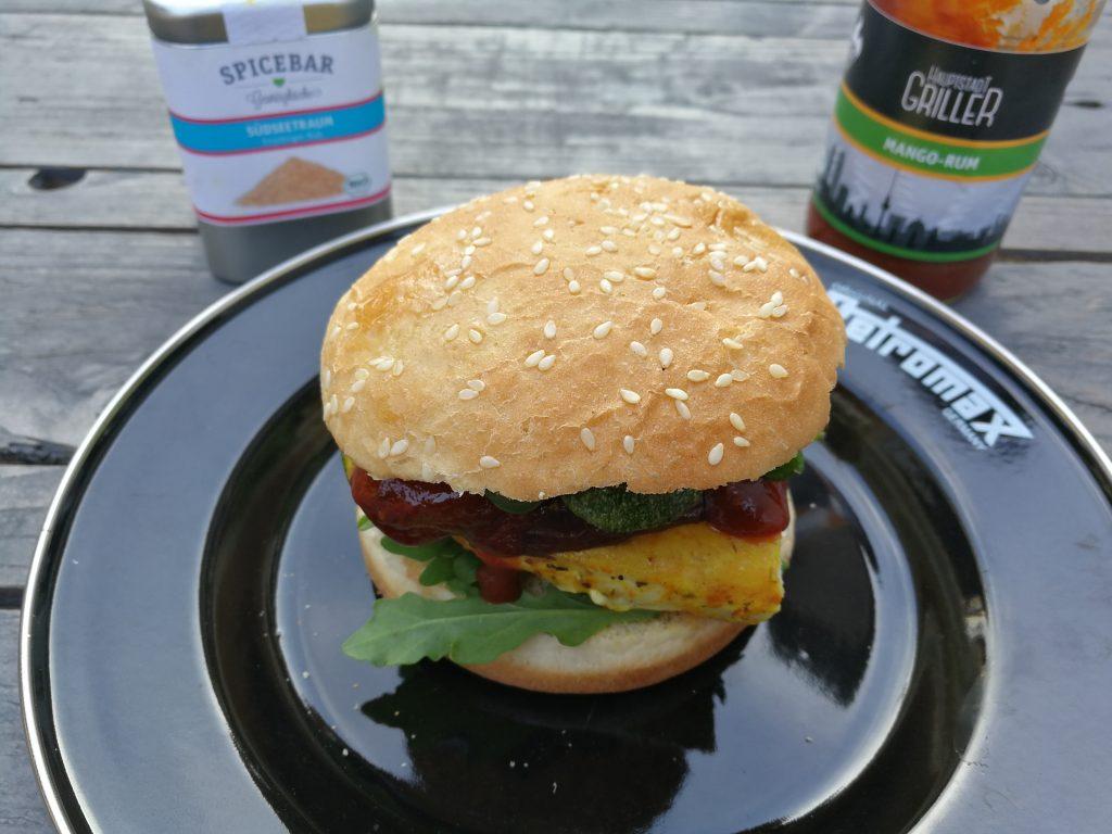 Südsee-Burger von der Feuerplatte