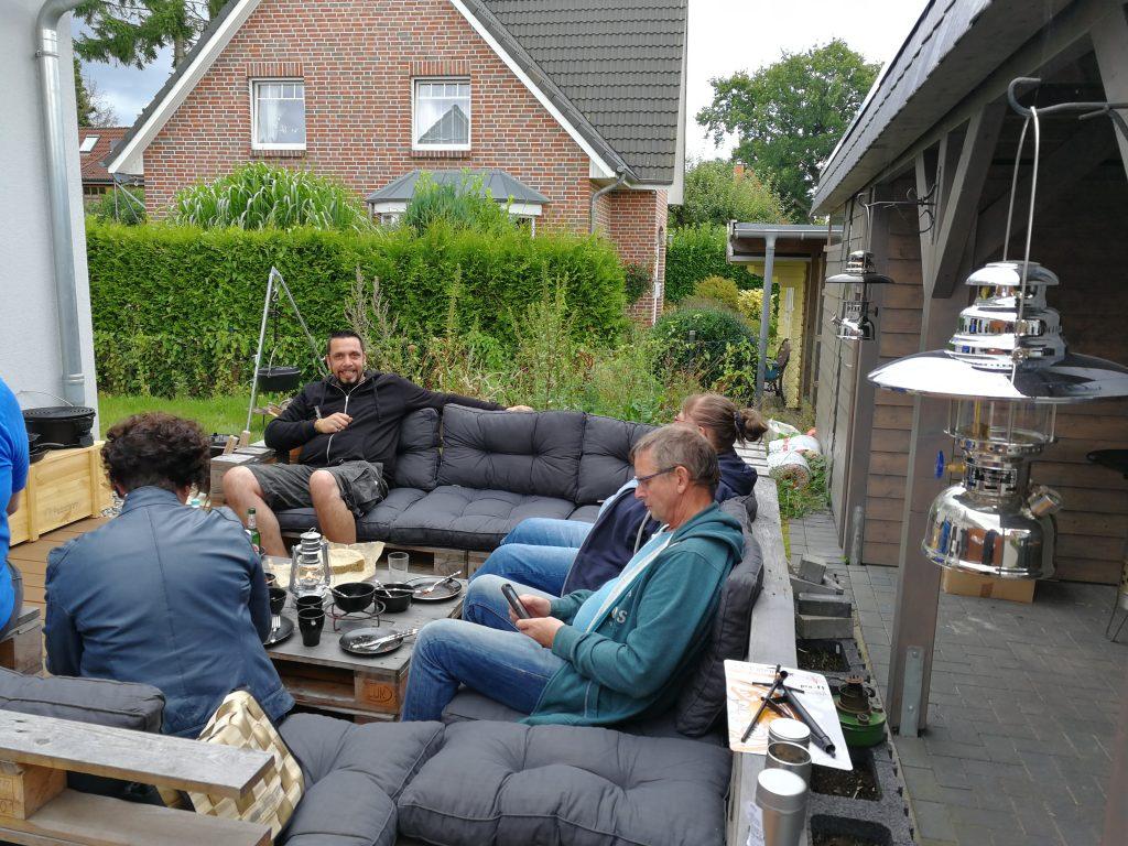 impressionen vom 3 dutch oven kurs outdoor kochen l beck. Black Bedroom Furniture Sets. Home Design Ideas