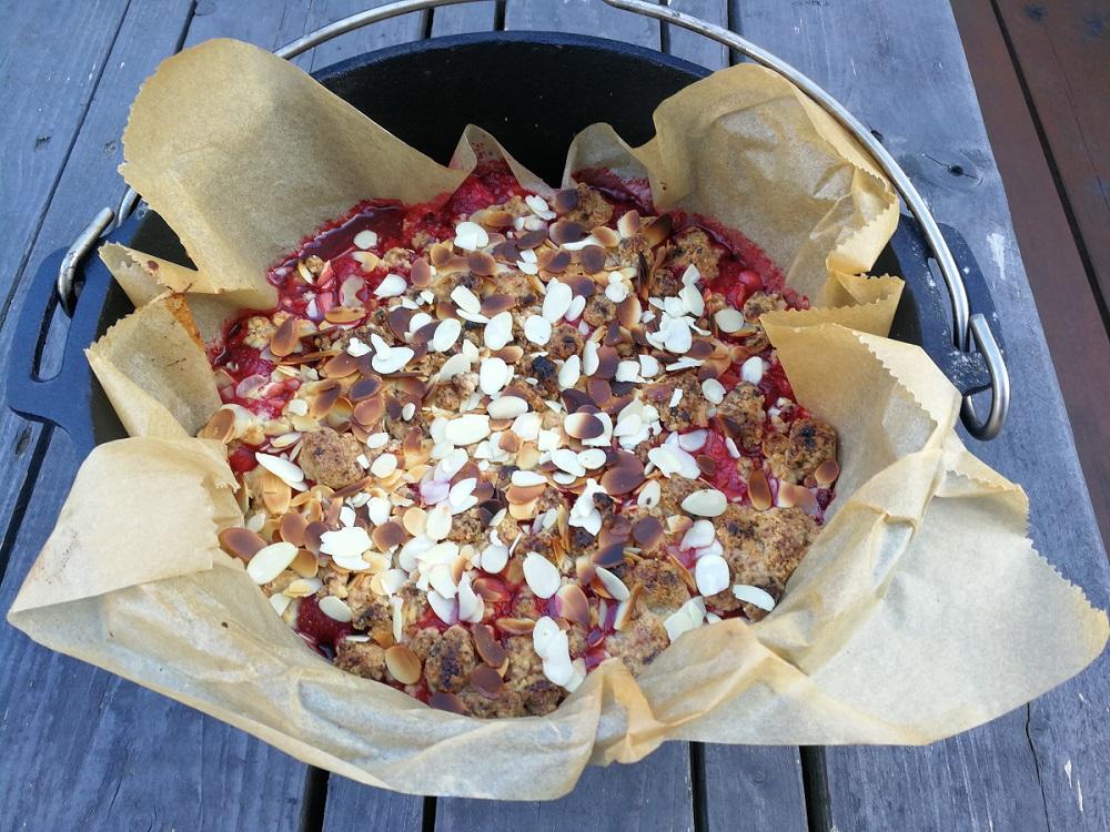 Erdbeer-Mandel-Crumble