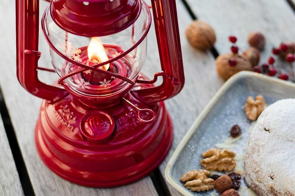 Weihnachtsedition der Feuerhand Sturmlaterne