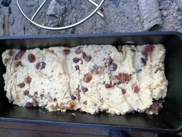 Stollen aus dem Dutch Oven - passend zum 1. Advent